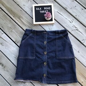 Banana Republic Button up Jean Skirt